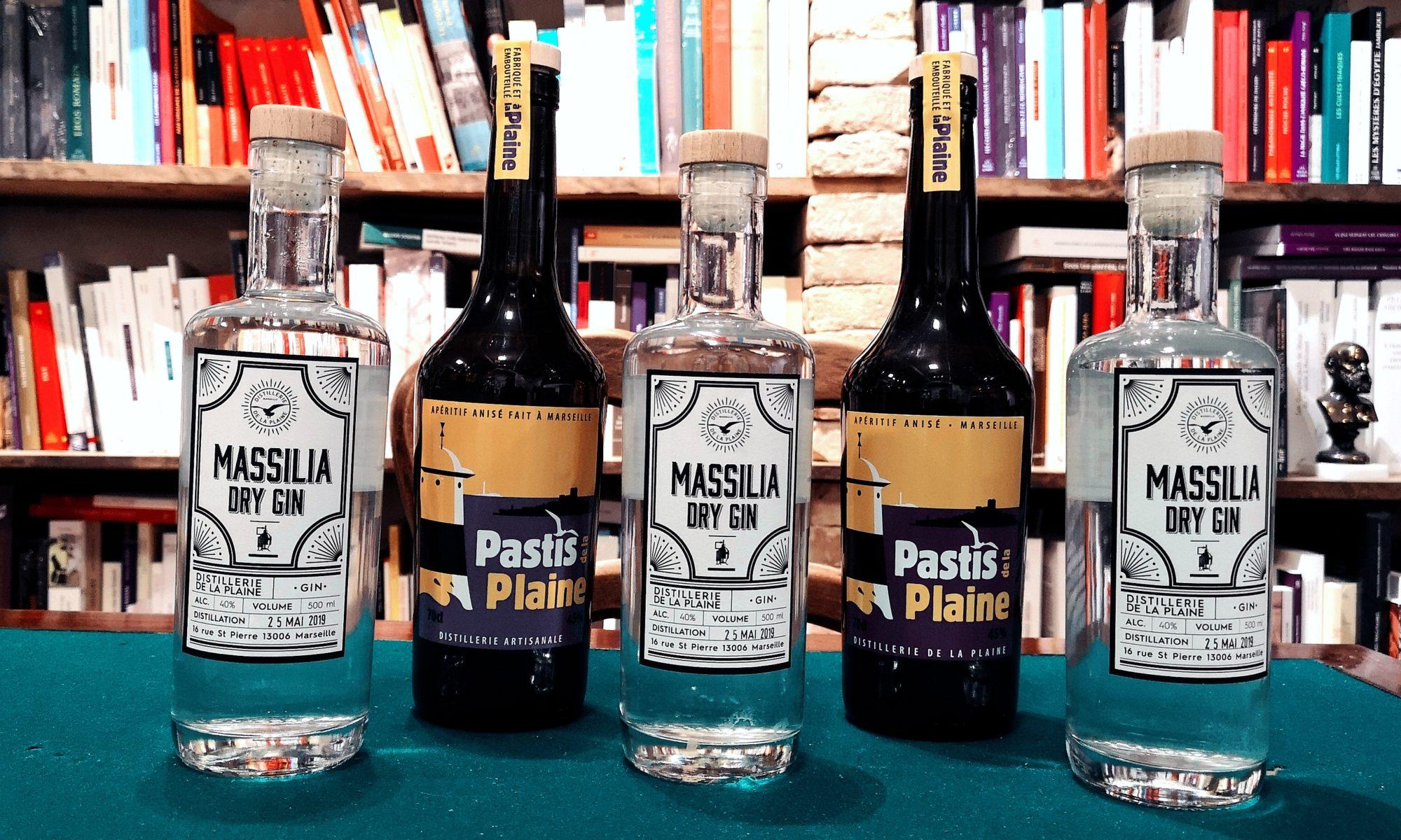Massilia dry gin et pastis à Arles