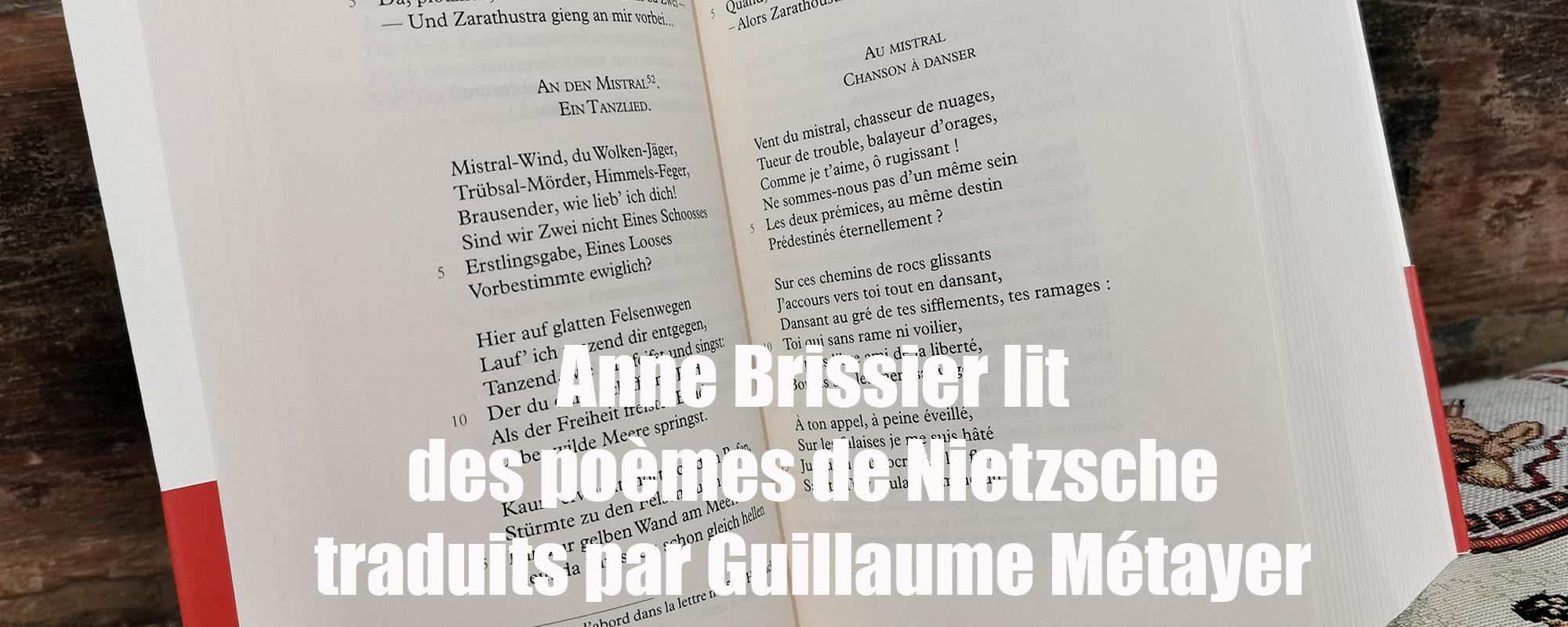 Anne Brissier lit des poèmes de Nietzsche chez De natura rerum